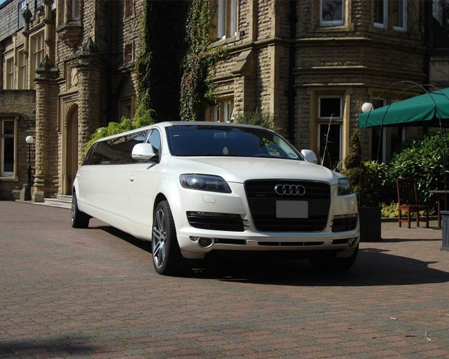 Audi Q7 Limos Hire Photo Gallery Of The Audi Limousine